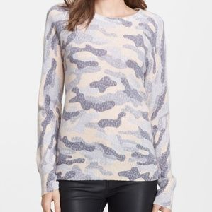 Equipment sloan camo lace soft sweater M